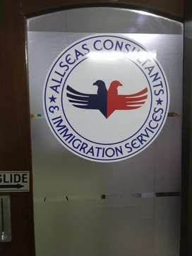 Female Counselor Required in Immigration office.