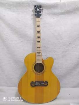Gibson maple gitar akustik