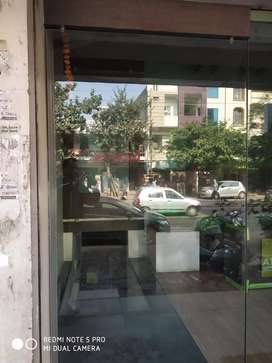 "10""18 shop available in rajeev gandhi nagar for nonveg"