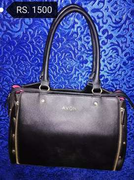 Hand bag (preloved) retail & wholesale.