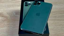 Iphone 11 pro max 256 gb noN pTa compleTe And Without Accessories.