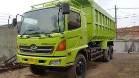Hino fm260ti tahun 2015 tronton dump truck