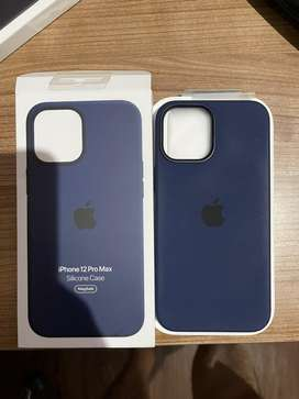 Wts Apple Silicone Magsafe Case Iphone 12 Pro Max Deep Navy