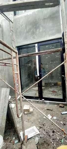 Pintu aluminium kaca double