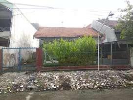 Dijual rumah hitung tanah di Mulyosari