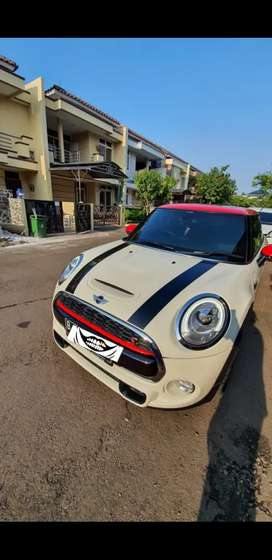 Mini Cooper S 2.0 2018 Bln 05 NO Minus Like New B TGR