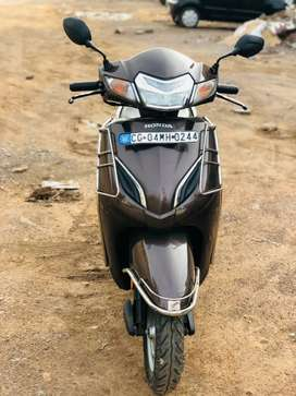 Activa 5g in showroom condition like new