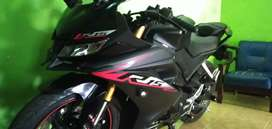 Di jual Yamaha r 15 jarak tempuh /km 2000xx motor seperti baru