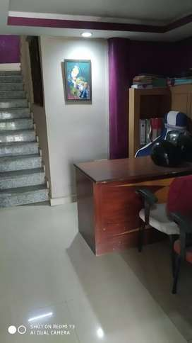On road location for Office space for generating business