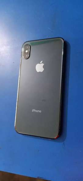 iPhone X 64gb black  all assesiries