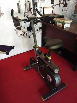 Alat fitness sepeda statis magnetik bike S65810 bc gyA2b