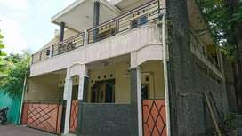 Rumah kost 2 lantai di condong catur