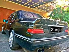 Mercedes-Benz E220 Masterpiece, Nomor Ganjil