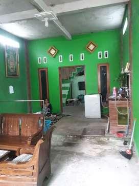 Disewakan Rumah 3 lantai, toko, dan usaha sarang walet