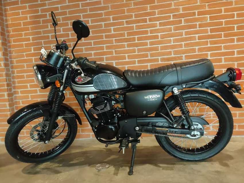W175 SE Classic 0