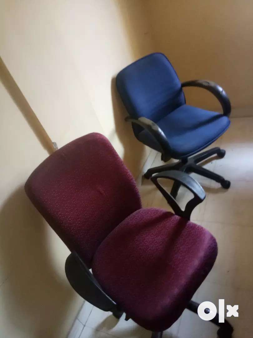 Second hand chairs at cheap rate 0