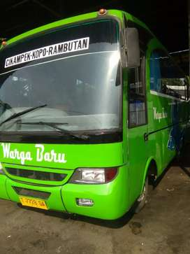 Medium bus 120 ps ac nd 27 seat tahun 2000