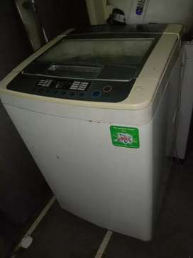 Lg top load washing machine with six months service warranty