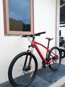 Sepeda gunung thrill Vanquish 3.0