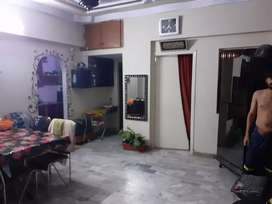 3rd floor flat well maintained in Nazimabad no 3