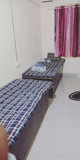 Sai PG service 2 and 3 sharing room available in Ghansoli
