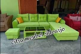 Sofa minimalis warna hijau