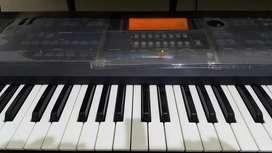 Jual keyboard korg is35