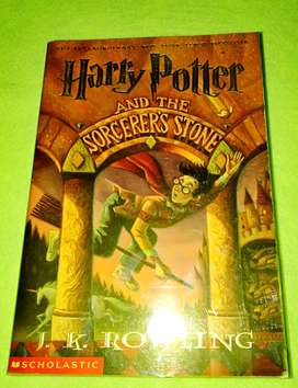 JK Rowling's HARRY POTTER and the Sorcerer's Stone (asli)