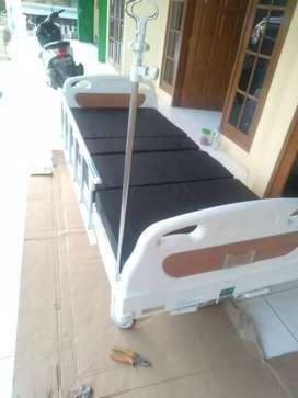 tempat tidur rumah sakit abs