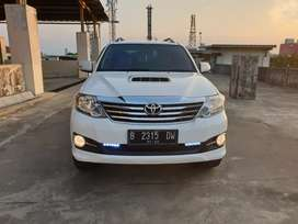 Toyota Fortuner Turbo diesel VNT Automatic putih