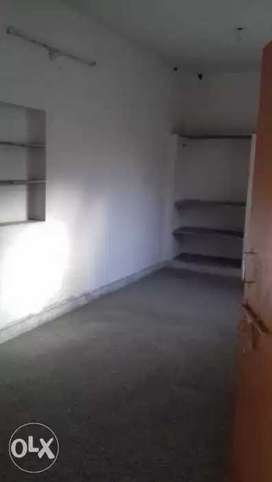 Big room for rent , nice condition & locality's