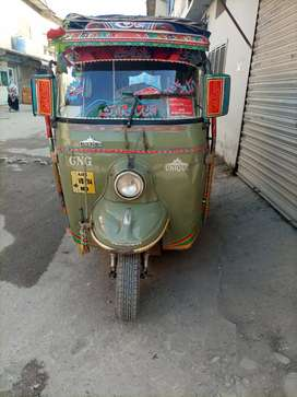Auto riksha good condition