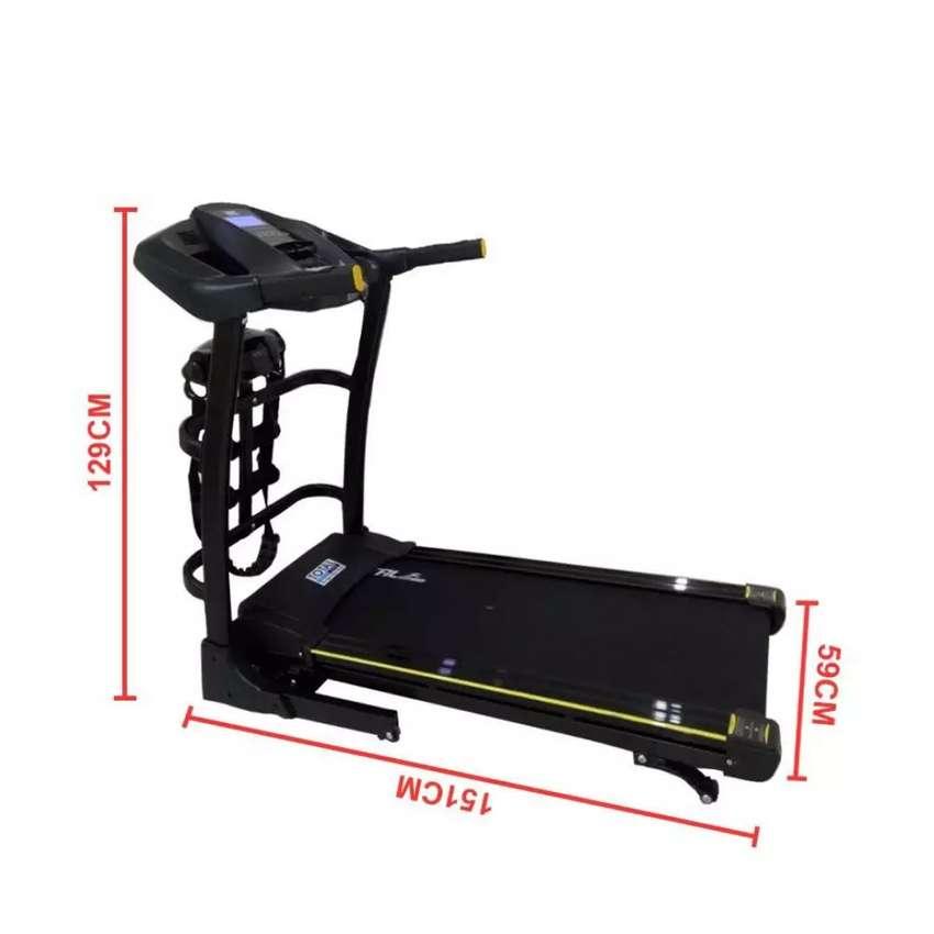 Treadmill elektrik multifungsi desain kokoh dan modern, bisa cod 0