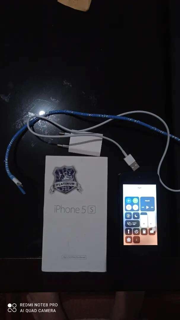 iPhone 5s 64 GB 0