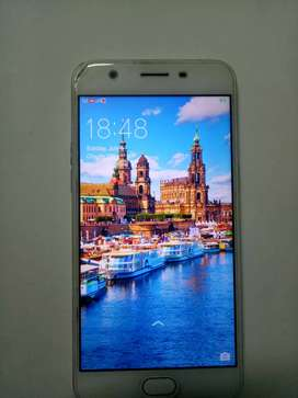 Oppo a57 3 gb ram 32 gb rom 16 mp front and 12 mp back camera