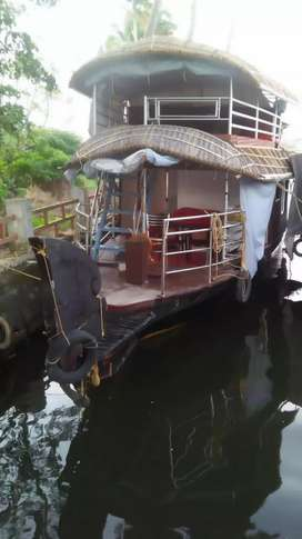 2 bed room houseboat with balcony