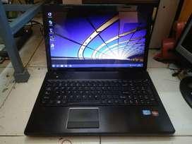 Lenovo G570 i3 laptop only RS 10900 .. con. 895649zero374