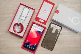 One plus 6T model is available in working condition with all accessori
