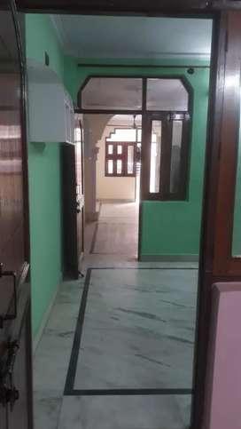 2 BHK flat for rent in Mayur Vihar Phase 1