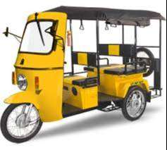 ई रिक्शा चलाने के किये ड्राईवर चाहियें