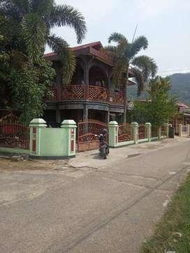 Dijual Rumah Siap Huni 2 Lantai  Design Executive