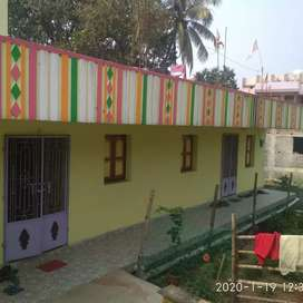 House suitable for hostel