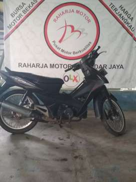 Revo 2008 plat B (Raharja motor) 6667