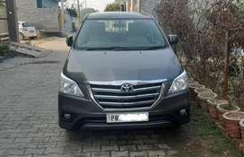 Toyota Innova 2012 Diesel Well Maintained and all original