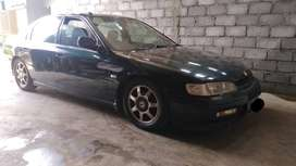 Sedan Honda accord cielo tahun 1994 hijau