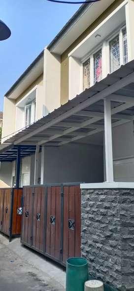 Disewakan Rumah Minimalis 2 Lantai Dekat Cibubur Square 30juta/tahun