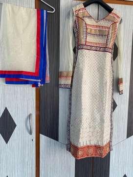 Best quality unused dresses