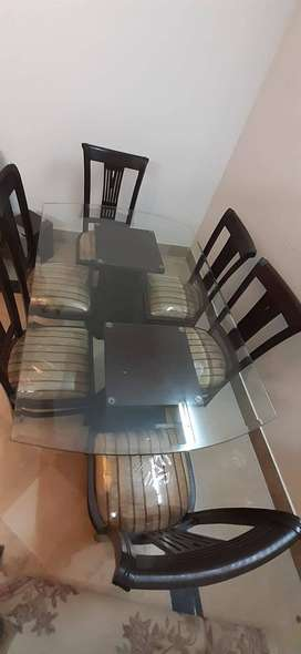 Dinning Table 6Seaters Set