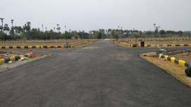 &Gated community % 180sqyd plot/ available for sale
