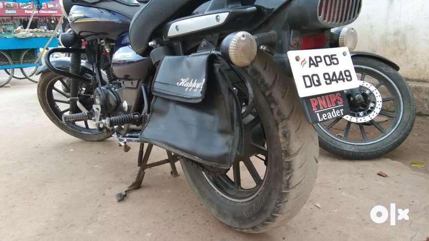 Bajaj avenger 150 0